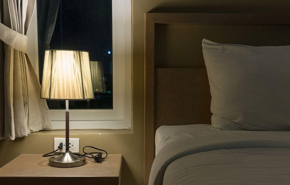 المذاكرة طوال الليل لا تفوز أمام السرير