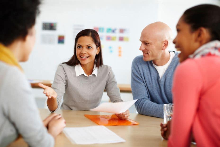 فن الحوار والتواصل .. أبرز الأساليب والتقنيات لاكتساب مهاراته