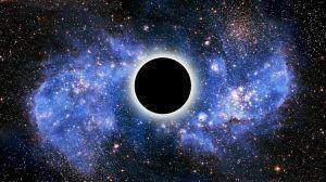 الثقب الأسود تحت المجهر