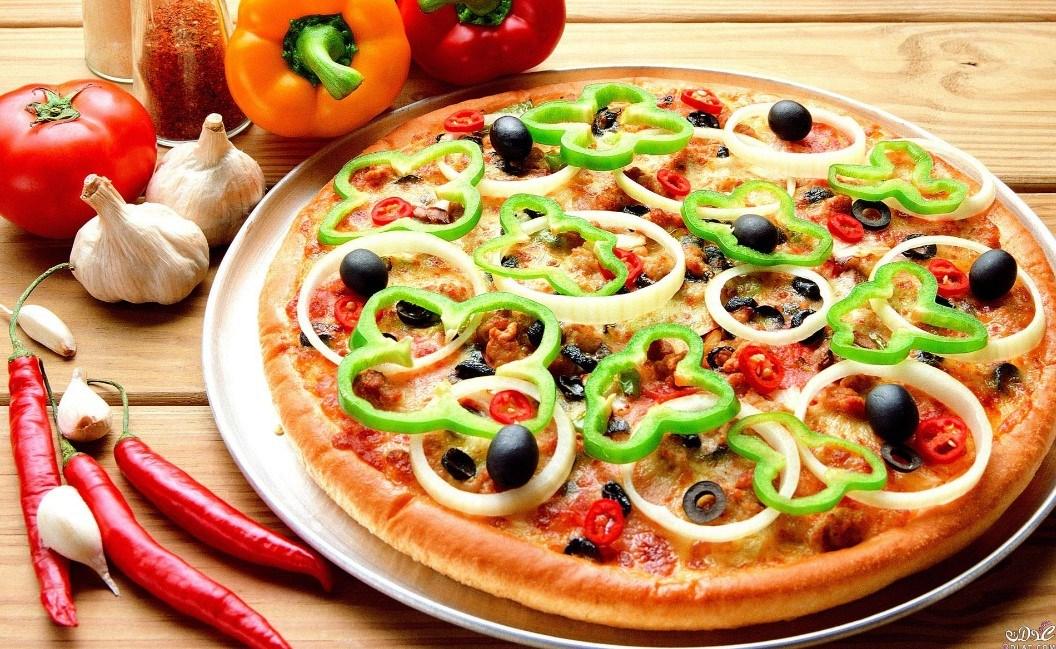 طريقة عمل البيتزا بالخلاط