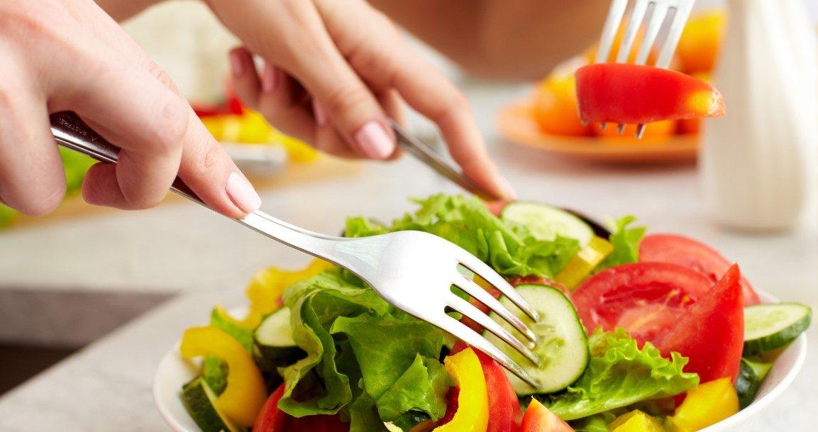 الغذاء الصحي لشعر طويل ولامع