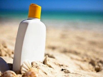 (sun screen) أو كريم الحماية من الشمس