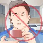 الامتناع عن تناول المنبهات قبل النوم كالشاي والقهة