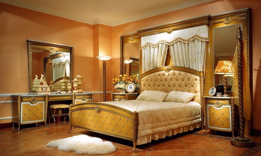 غرفة نوم من سلسلة غرف فرساي الفاخرة تضيف المزيد من الأصالة على المنزل وهي من نتاج الفن الأوربي الراقي في صناعة الغرف الكلاسيكية