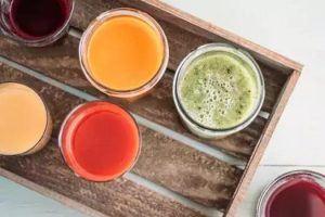 مشروبات لتنظيف الجهاز الهضمي