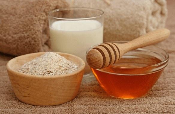 وصفة العسل واللبن والبيكنج بودر