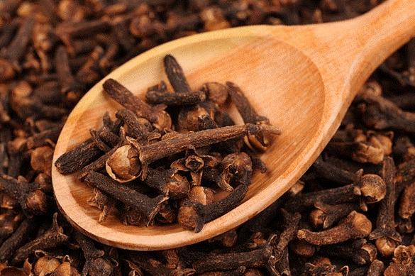 وصفة القرنفل ومجموعة الزيوت الطبيعية