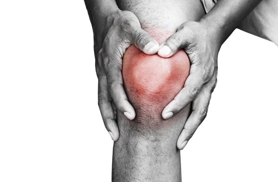 12 حالة تسبب ألم الركبة وطرق العلاج