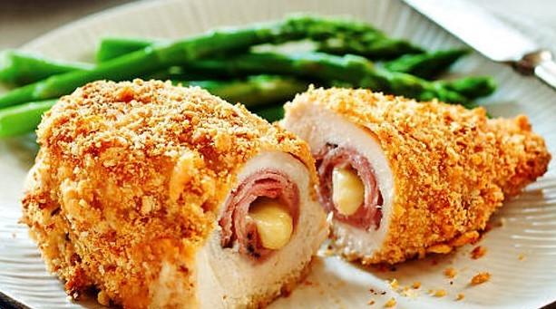 12 – وصفة دجاج الكوردون بلو.