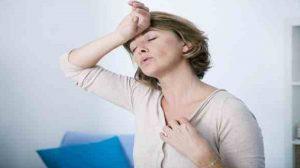 الهبات الساخنة عند السيدات (أسباب وعلاج)