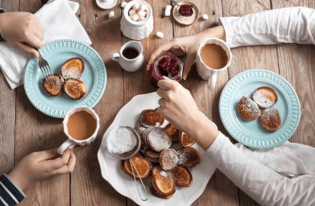 تناول كميات كبيرة من الطعام في العطل