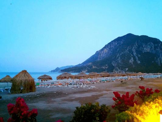 ساحل الليسية في تركيا