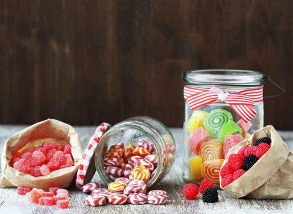 قطع الحلوى من أخطر الأطعمة الغير صحية