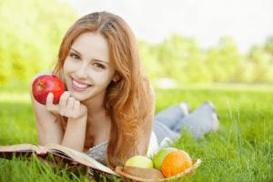 أطعمة تحارب الاكتئاب .. دليلك شامل ومفصل