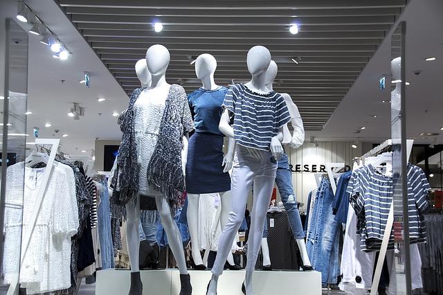10 من أفضل ماركات الملابس النسائية في العالم