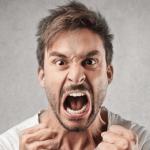 التحكم في الانفاعلات وضبط النفس