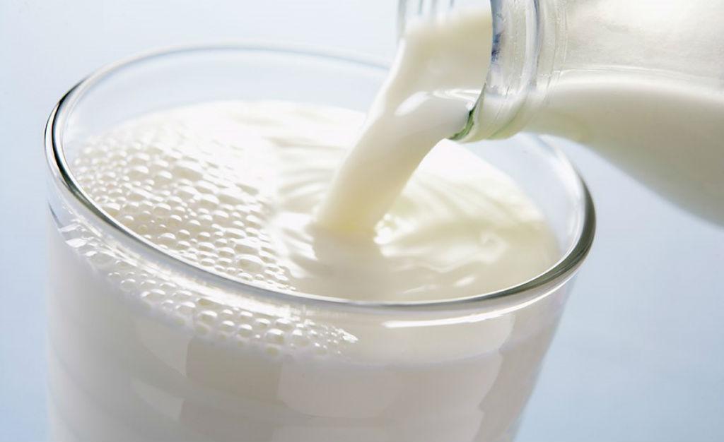 الحليب وتكثيف الحواجب