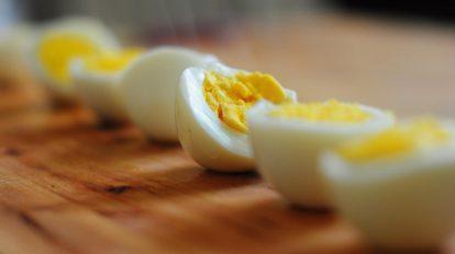 لا يجب تناول البيض بعد اليوم ... إلا هكذا