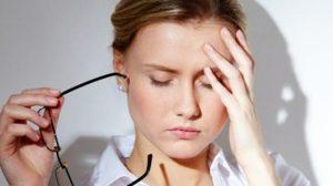 هل من أعراض القولون الدوخة والصداع