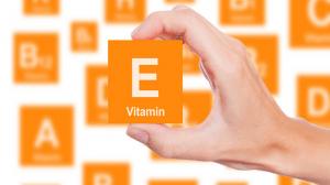 فيتامين E للبشرة الدهنية