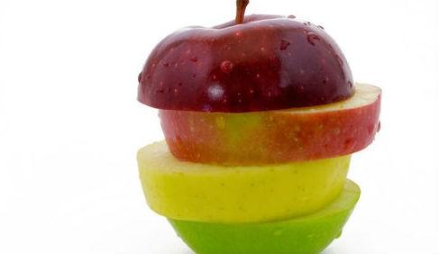 فواكه مفيدة للقلب وأهميتها حماية فوائد-التفاح-للقلب.j