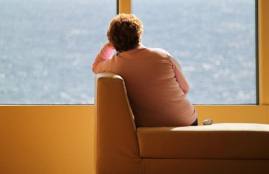 ما هو الاكتئاب المقنع وكيف يختلف عن الاكتئاب العادي المعروف؟