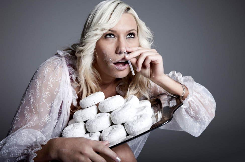 أسباب إدمان السكر