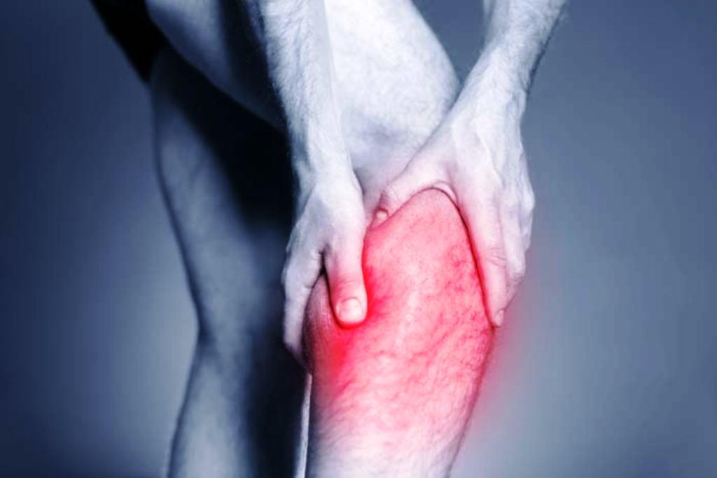 الجلطات الدموية في منطقة الساق
