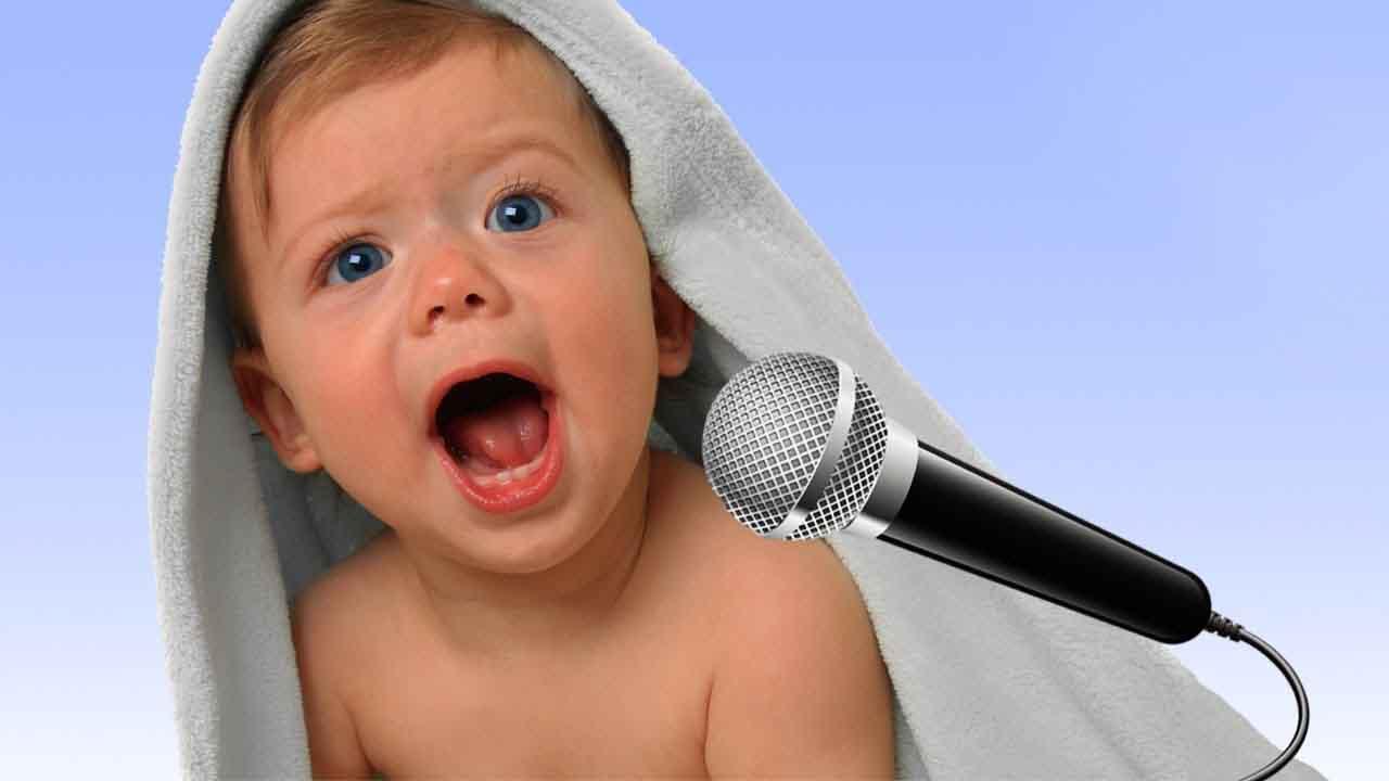 """انتبه، كيف تربي طفلك لغويًا """"متى يبدأ الطفل بالكلام"""""""