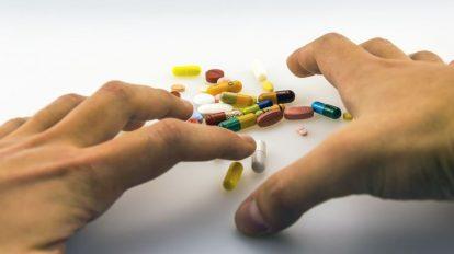 فوائد وأضرار الكورتيزون وتأثيراته وكيف يمكن الحد منها