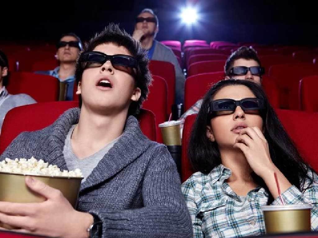 ماذا تفعل فينا أفلام السينما .. التأثيرات النفسية والتربوية