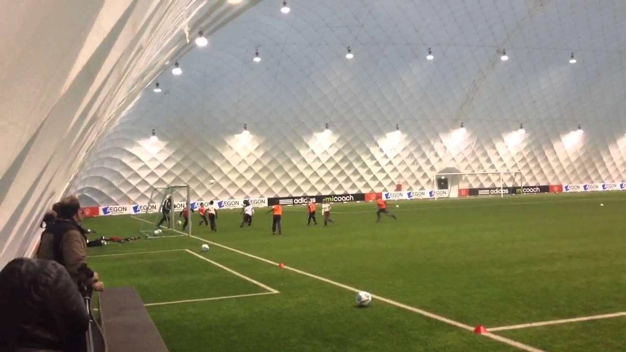 أكاديمية كرة القدم أياكس في أمستردام - هولندا