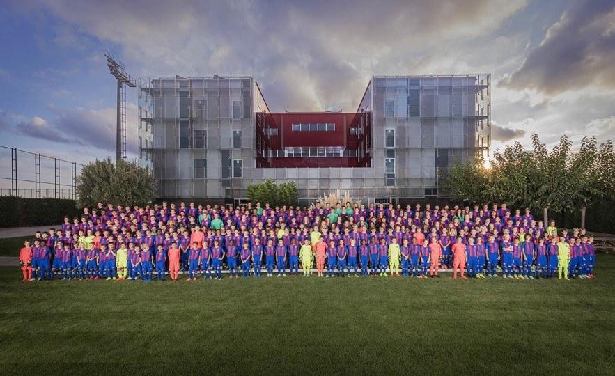 أكاديمية كرة القدم في برشلونة - اسبانيا
