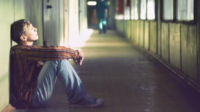 لماذا يؤذي المراهقون أنفسهم عن قصد؟
