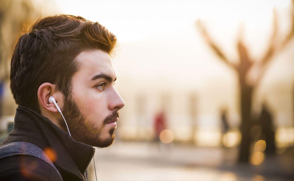 6 وصفات طبيعية من أجل تكثيف اللحية وزيادة نمو الشعر فيها