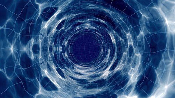 السفر بالاسطوانة اللا محدودة (Infinite cylinder)