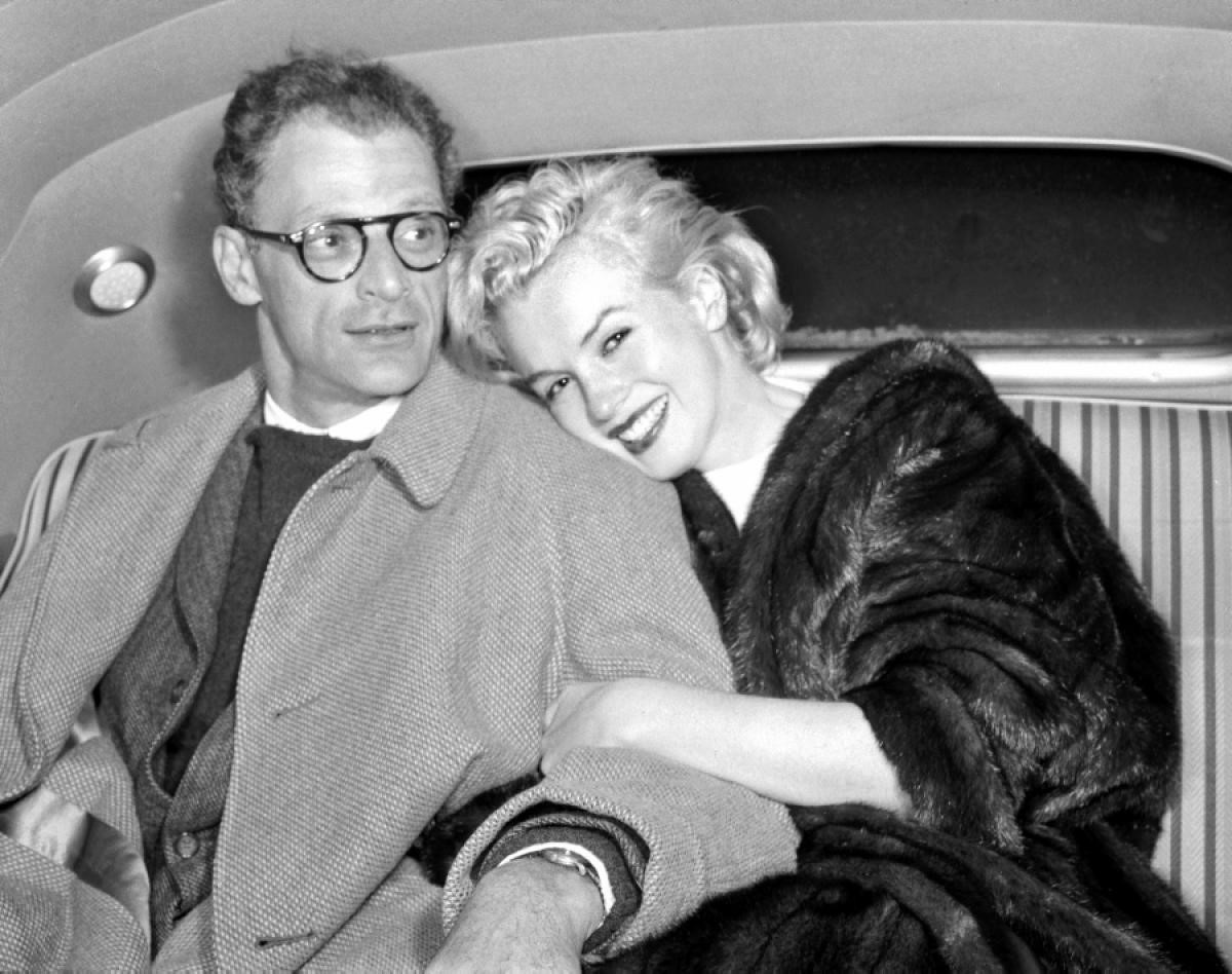 زواجها من الكاتب المسرحي آرثر ميلر