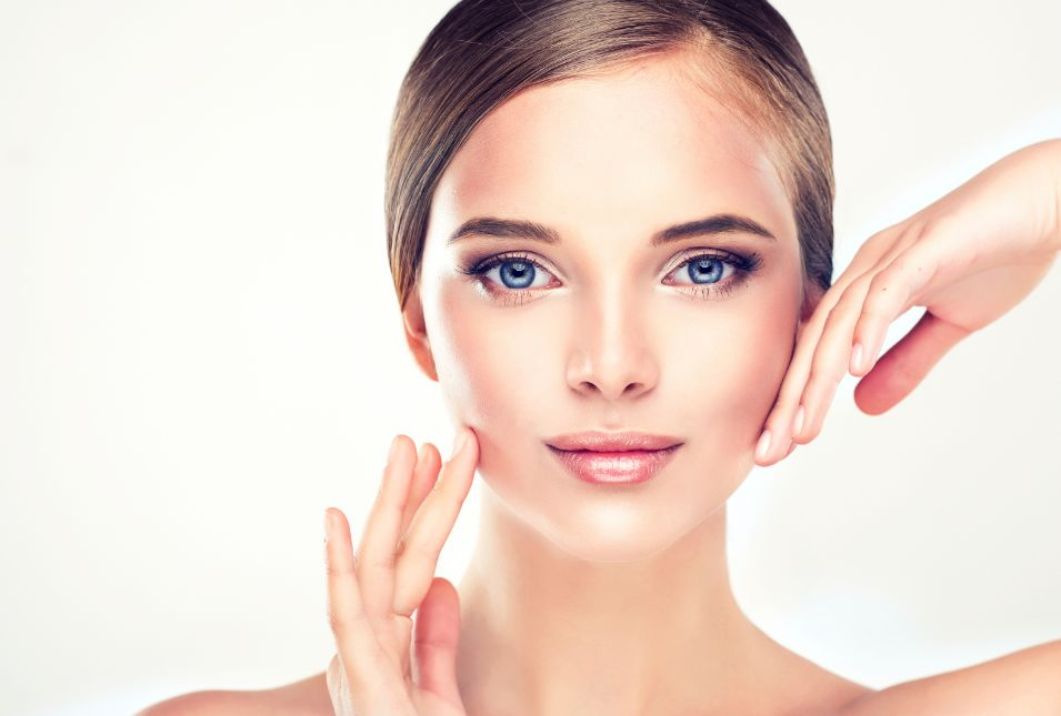 طريقة تنحيف الوجه بالخلطات الطبيعية