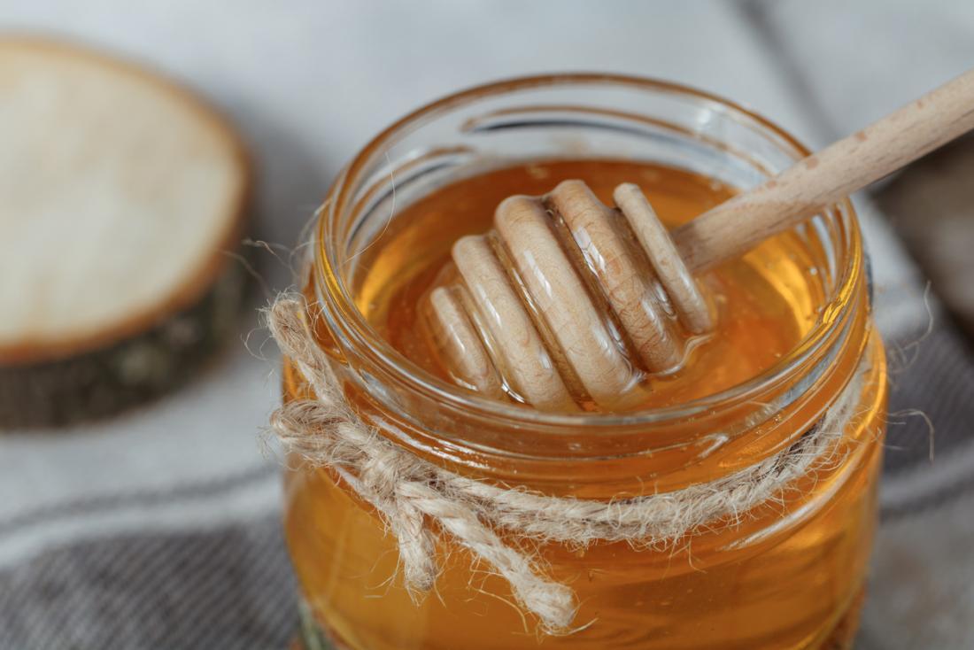 الفرق بين العسل الطبيعي والمغشوش
