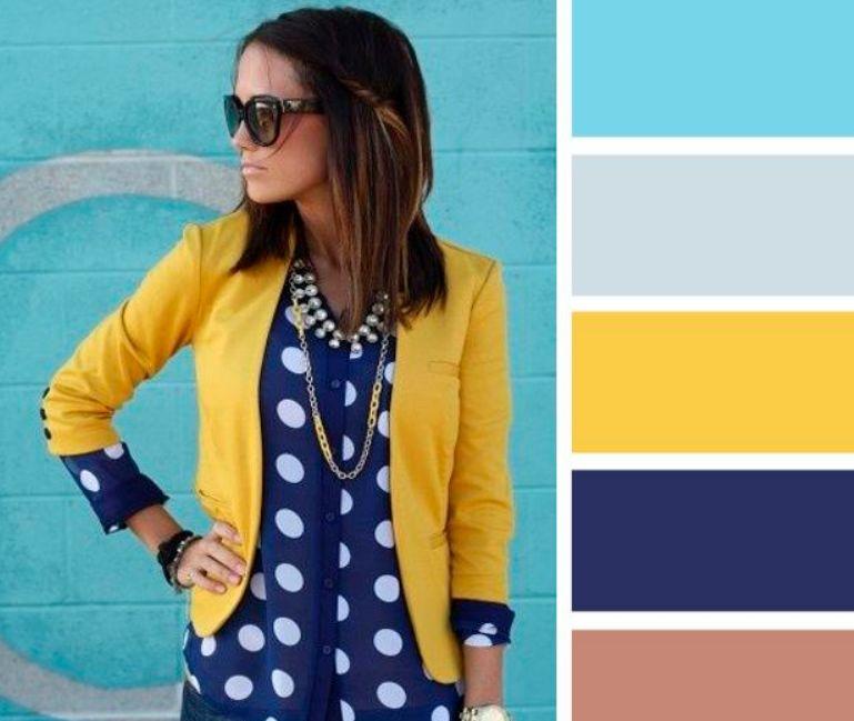 اللون الكحلي مع الأصفر والأزرق الفيروزي