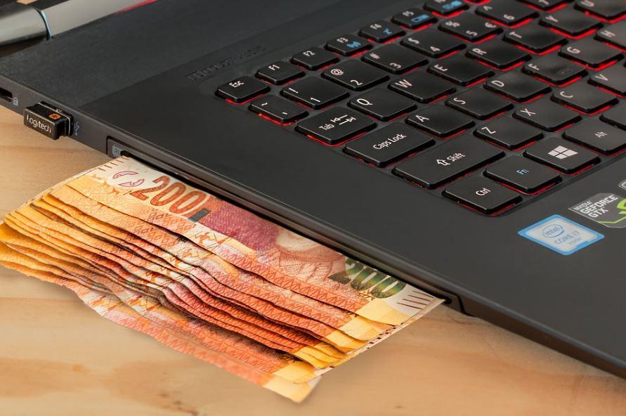 ربح المال من الإنترنت .. طرق ووسائل مضمونة لذلك