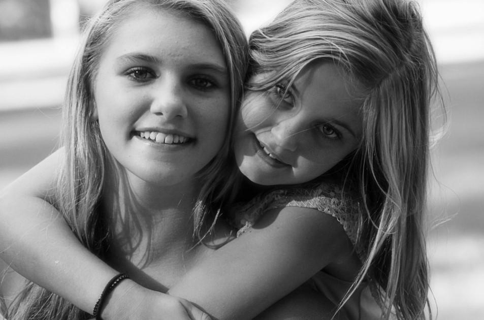 كيف أكون صديقة ابنتي؟