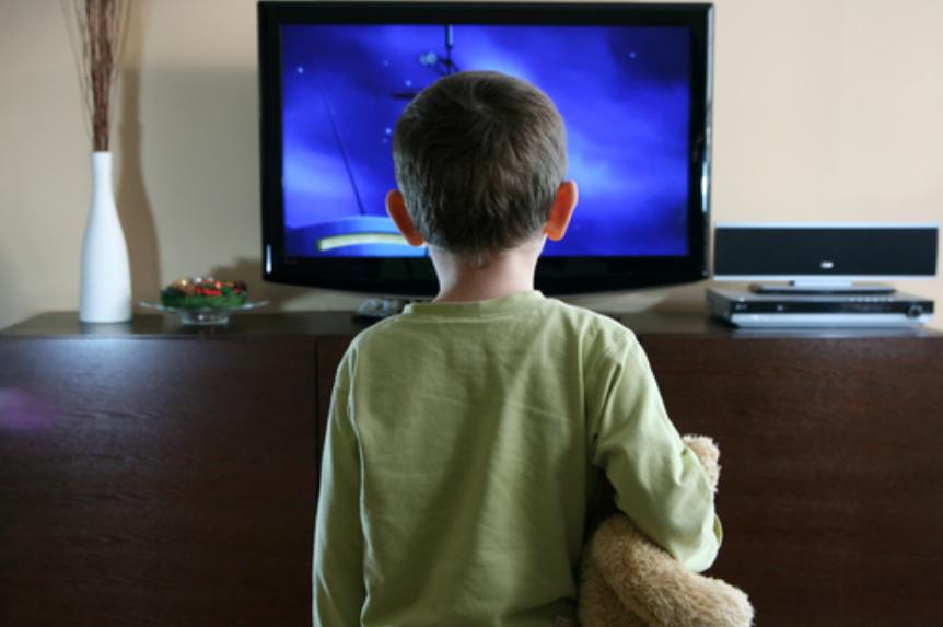 إيجابيات تأثير التلفاز على الأطفال