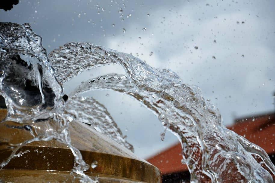 تعرف إلى فوائد الماء وأهميته للجسم