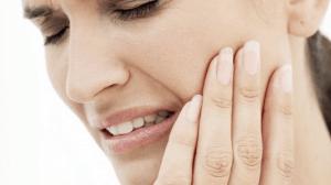 تعرف على علاج ألم الأسنان المزعجة بخطوات بسيطة بالأعشاب