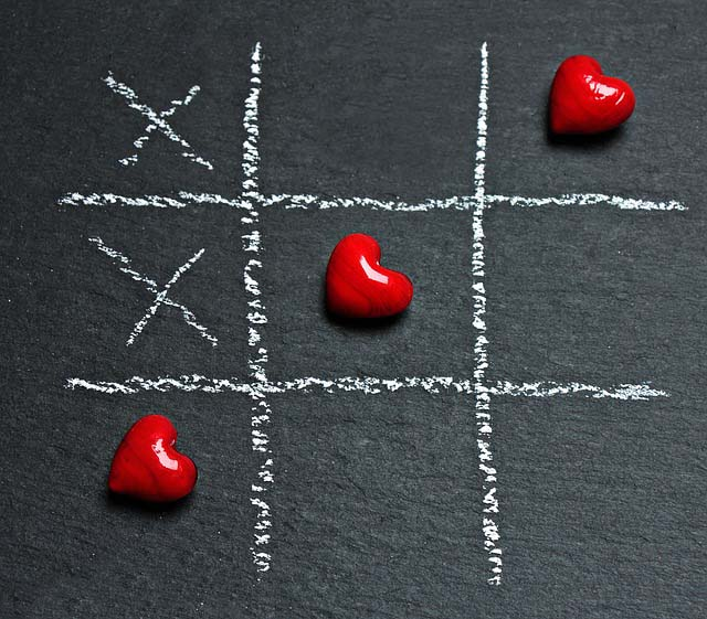 ما هو الحب وكيف تجري علاقة عاطفية ناجحة ومتزنة