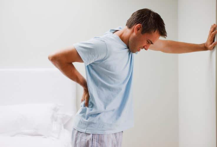 آلام العمود الفقري .. أسباب شائعة وحلول بسيطة لعلاجها
