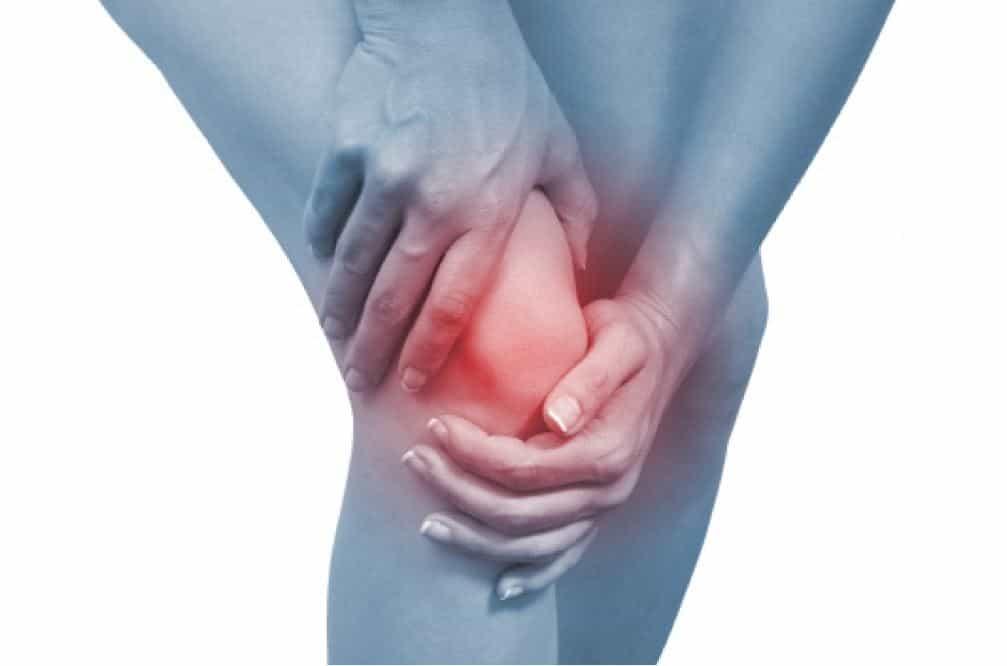 أسباب آلام العظام وخيارات العلاج المتاحة .