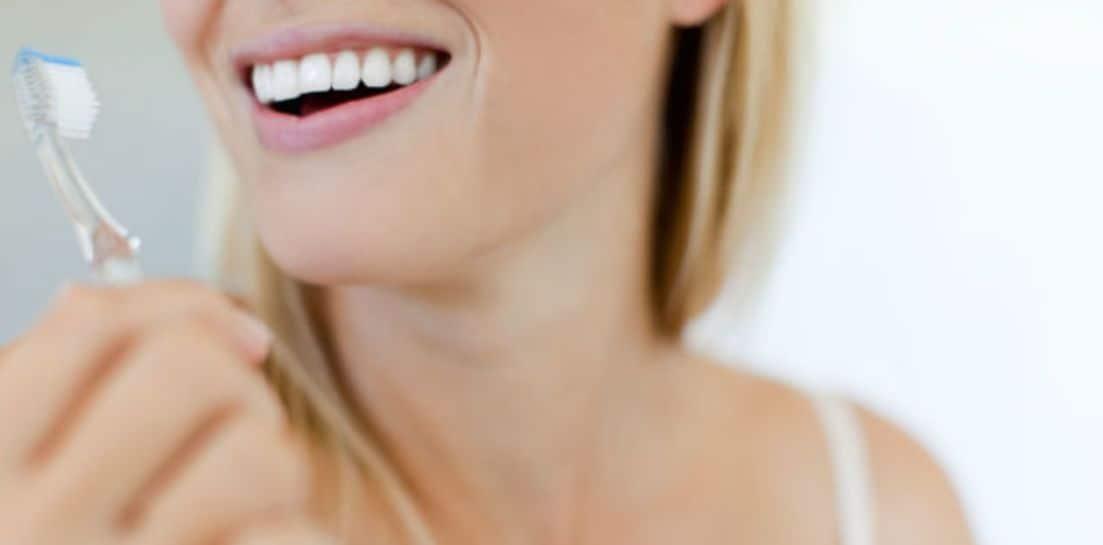 اختيار فرشاة الاسنان بعناية