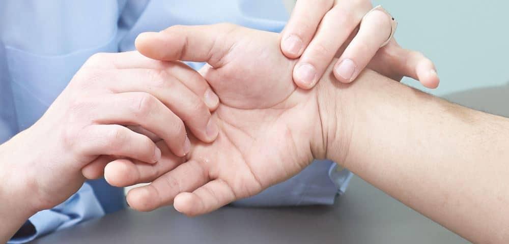 6 من أسباب ألم المفاصل والعظام الغير معروفة
